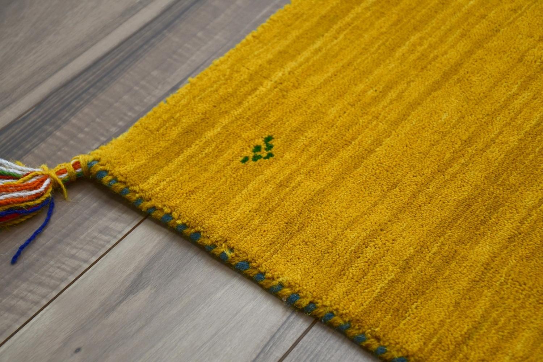 ギャッベ ペルシャ絨毯 画像