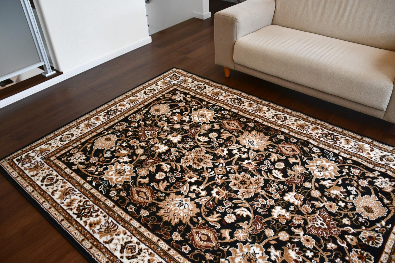 黒 ブラック 絨毯