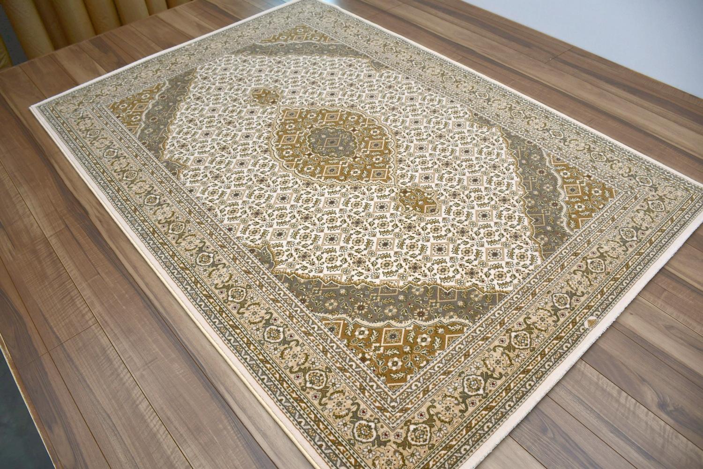 ウール 絨毯 画像