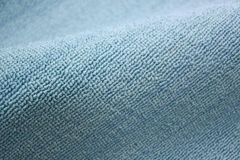 カーペット ブルー 画像